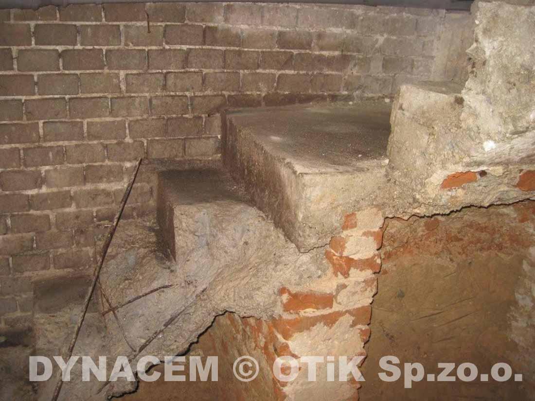 Casser Un Escalier Beton démolition des escaliers en béton d'un sous-sol sans bruit